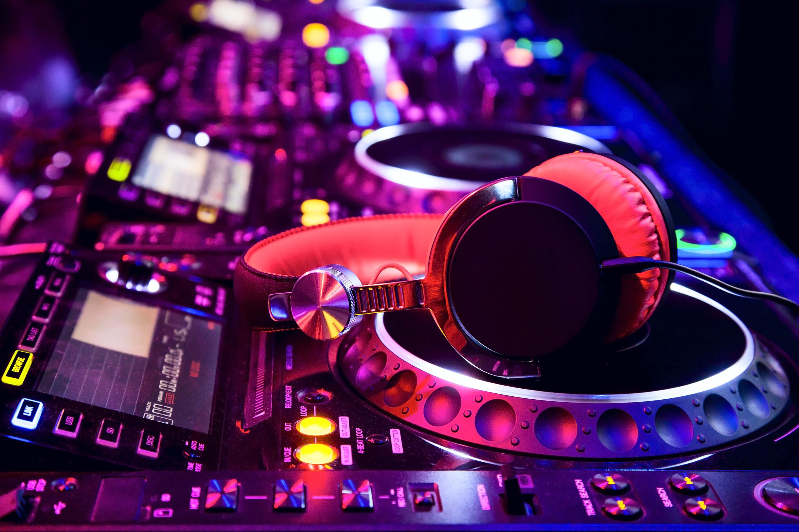 DJ huren Zwolle
